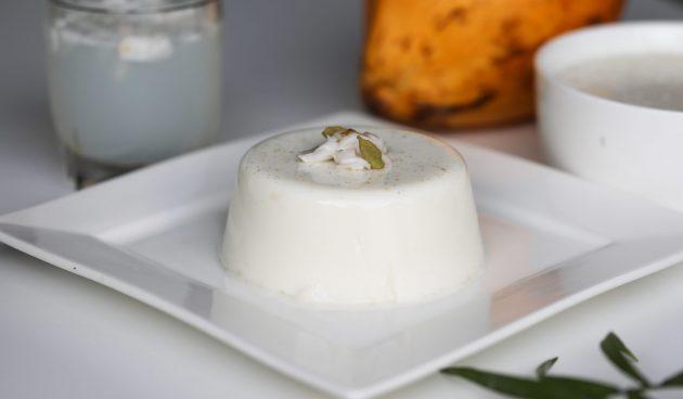 Темблеке — простой пудинг из кокосового молока
