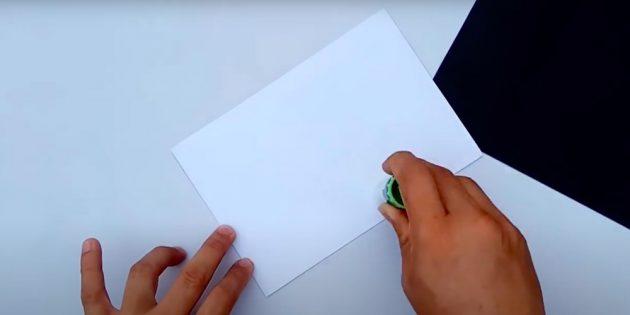Поделки на 23 Февраля в школу: намажьте клеем бумагу