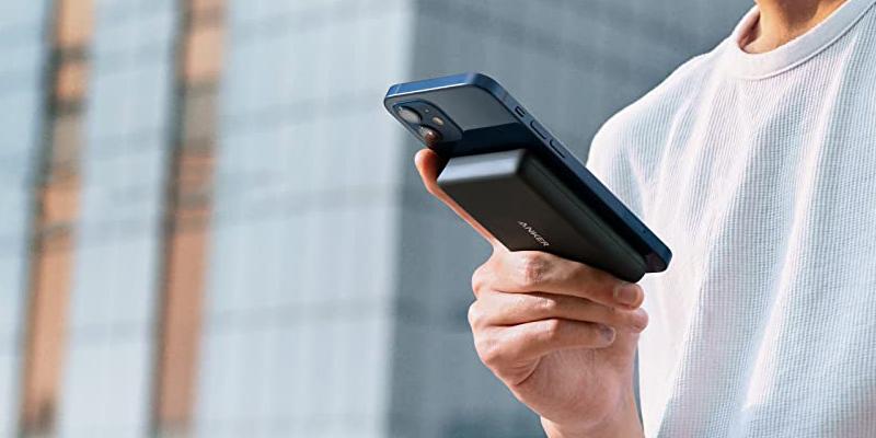 Anker представила магнитный пауэрбанк для iPhone 12