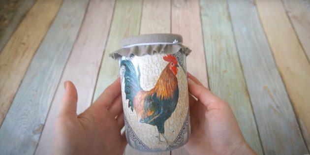 Подарки на 8 Марта своими руками: декорированная банка для круп