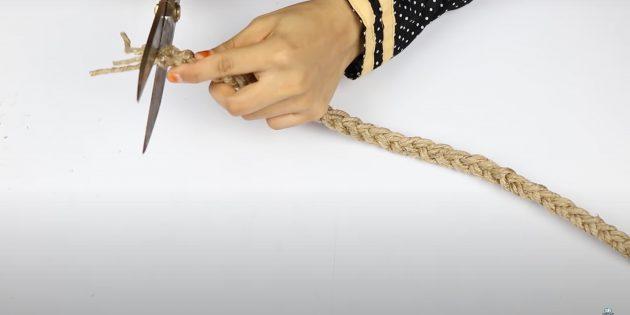 Подарки на 8 Марта своими руками: сделайте косичку