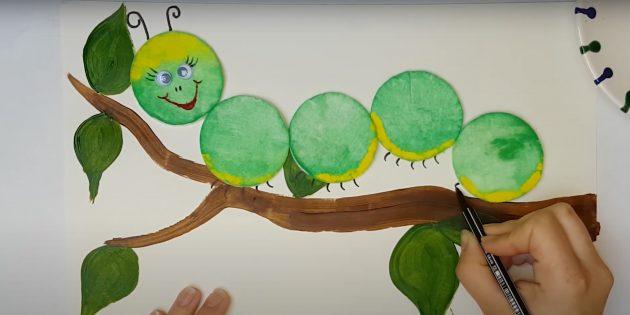 Поделки из ватных дисков: Нарисуйте рожки и лапки