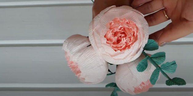 Подарки на 8 Марта своими руками: цветы из бумаги