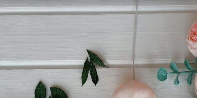 Подарки на 8 Марта своими руками: сделайте узкие листики