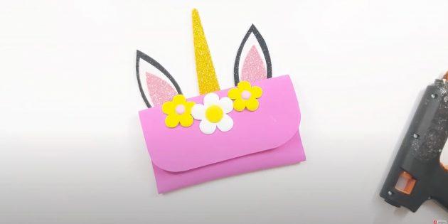 Поделки из фоамирана своими руками: приклейте цветы и рог