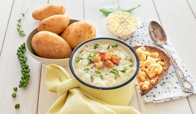 Сырный суп-пюре с печёной картошкой