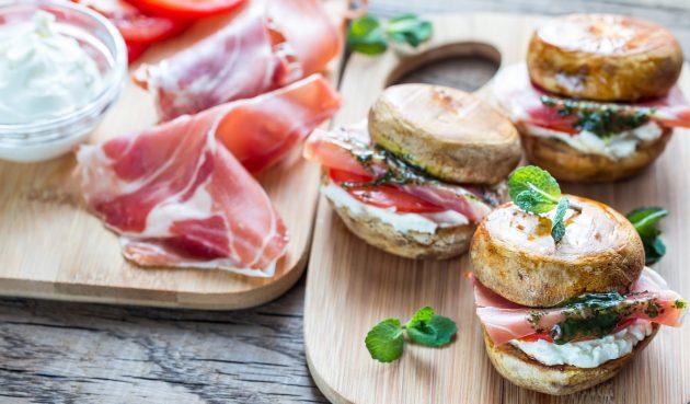 Закусочные мини-бургеры из шампиньонов