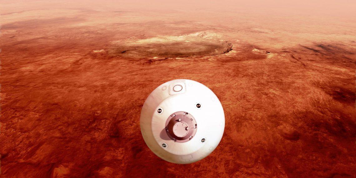 NASA показало цветные фото с Марса, снятые ровером Perseverance