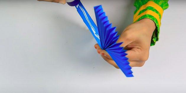 Поделки на 8Марта своими руками: склейте гармошки между собой