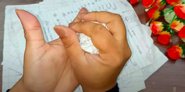 Поделки на 8Марта своими руками: сомните ненужную бумагу