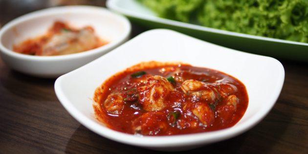 Как есть устрицы: острые маринованные устрицы по-корейски