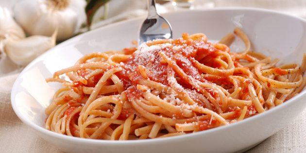 Умами: паста с томатным соусом
