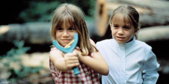 10 забавных и серьёзныхфильмов про близнецов