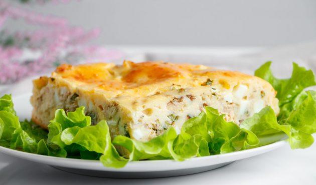Заливной пирог с рыбой и рисом