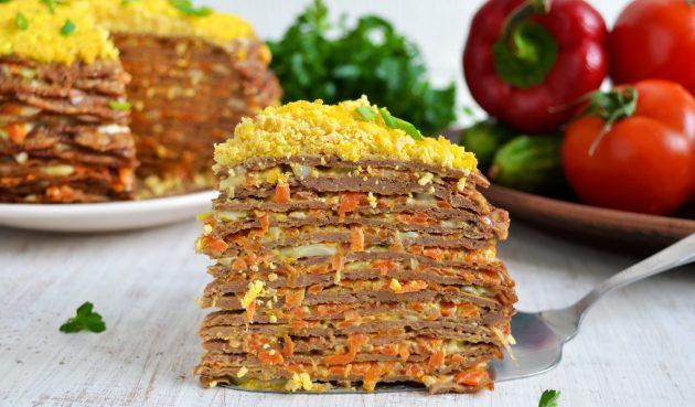 Печёночный торт с морковью и луком