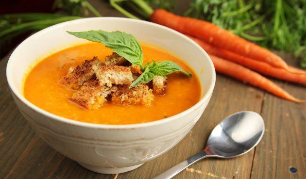 Простой морковный крем-суп
