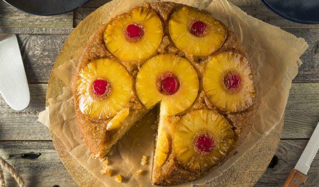 Перевёрнутый пирог с консервированными ананасами