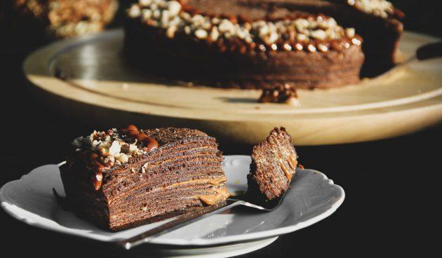 Блинный торт с шоколадной пастой