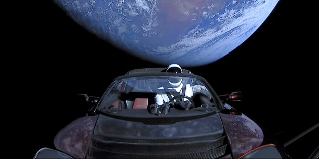 Tesla, отправленная в космос