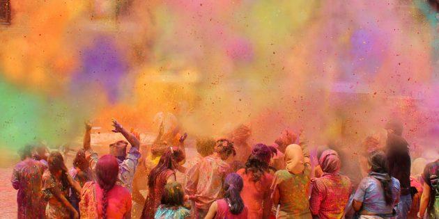 Как отмечают День весеннего равноденствия: фестиваль Холи в Индии