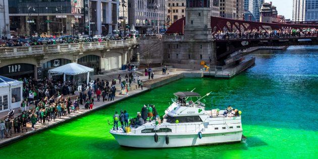 Река Чикаго День святого Патрика