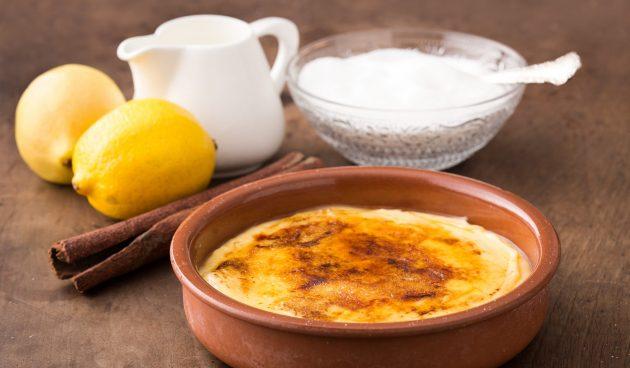 Крема каталана — нежнейший молочный десерт