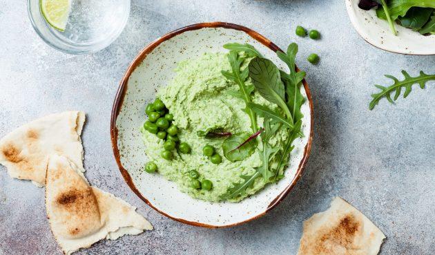 Хумус с зелёным горошком