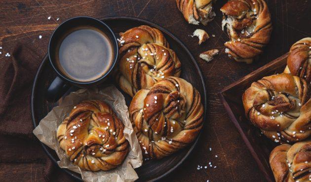 Шведские булочки с корицей
