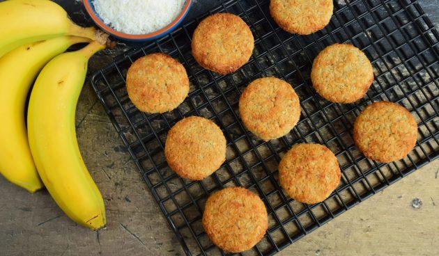 Веганское кокосовое печенье из трёх ингредиентов