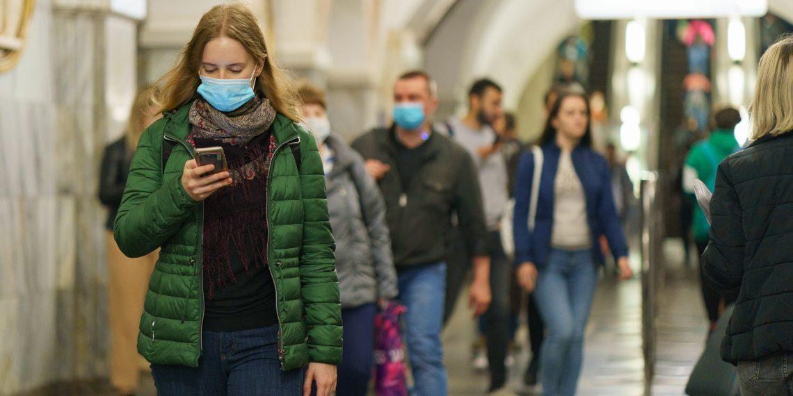 Ровно год назад ВОЗ объявила о пандемии COVID-19. Как коронавирус изменил вашу жизнь?