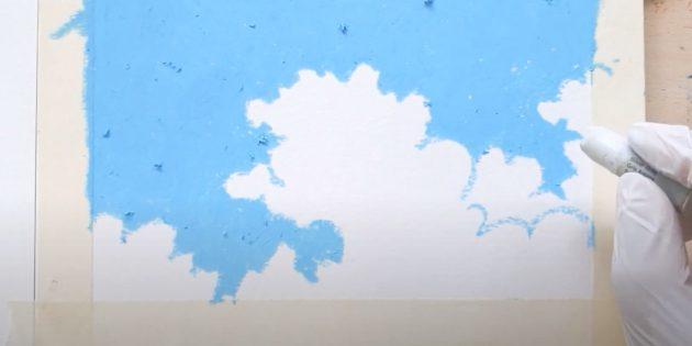 Как нарисовать самолёт: обозначьте небо и облака