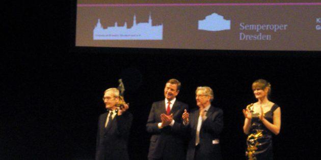Станислав Петров на вручении премии в Дрездене, 2013год