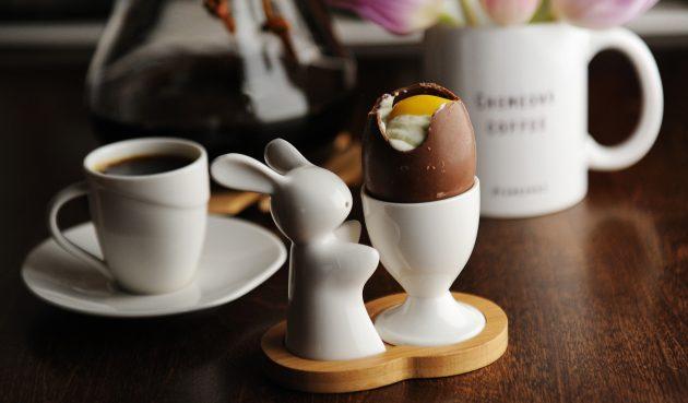Шоколадные яйца со сладкими желтками и белками