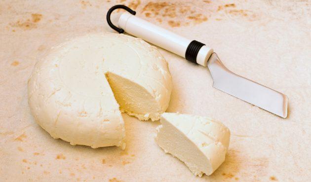 Сыр из молока, яиц и сметаны