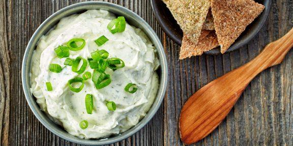Вкусный сыр легко приготовить дома. Рассказываем, как это сделать