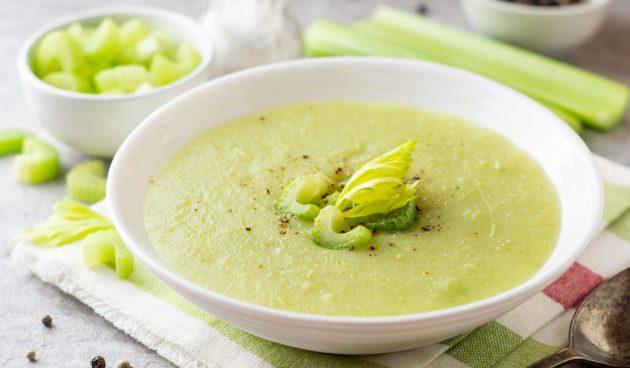 Суп-пюре из сельдерея с сыром