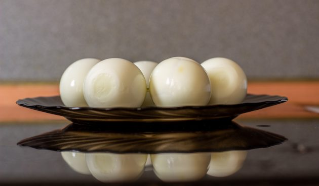 Простые маринованные яйца
