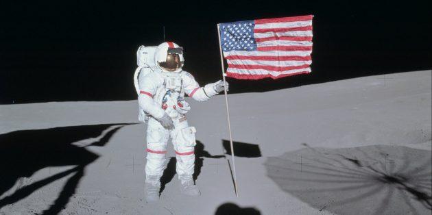 Люди, побывавшие в космосе: Алан Шепард на Луне