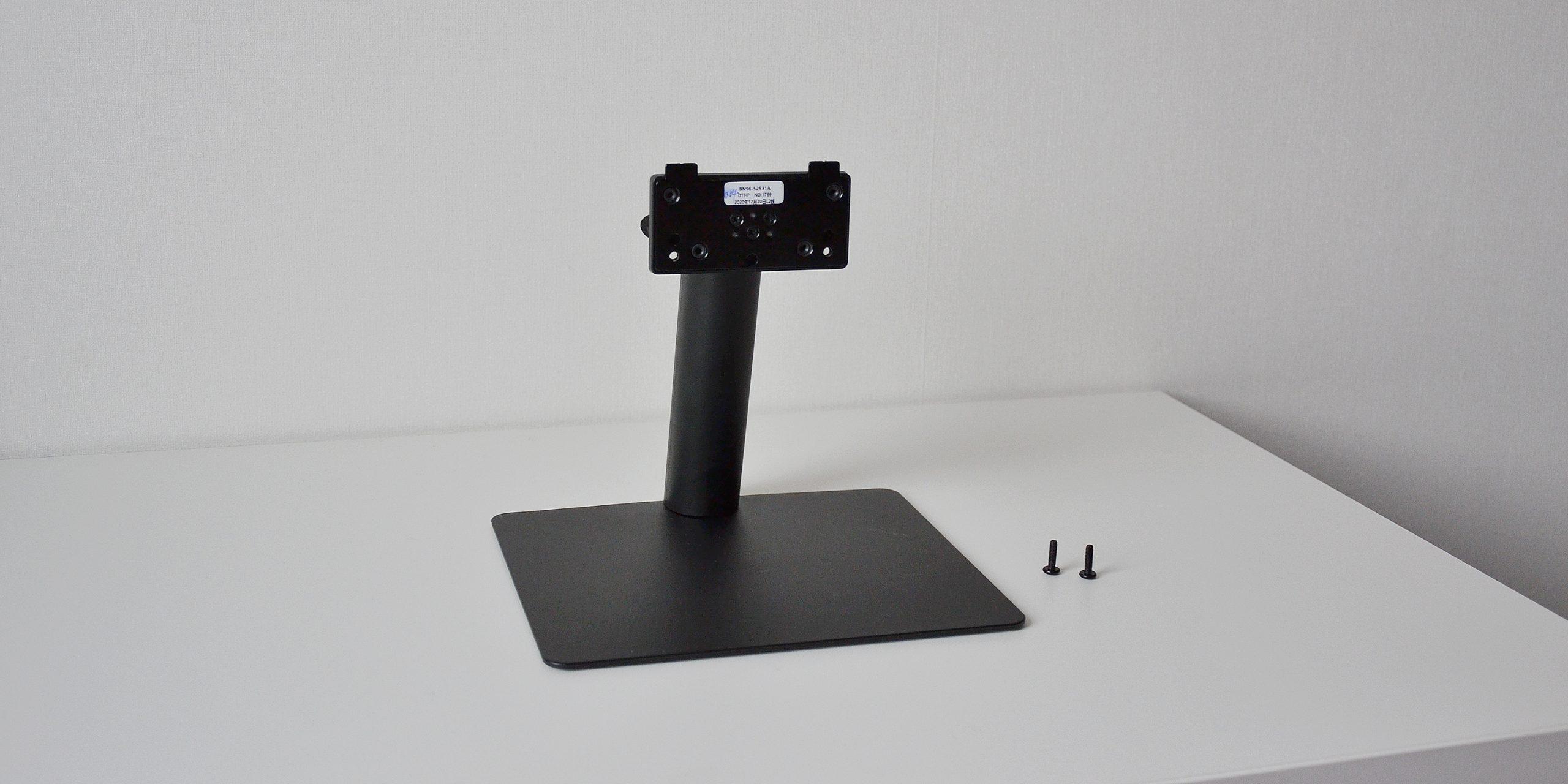 Обзор смарт-монитора Samsung M5: все крепежи идут в комплекте