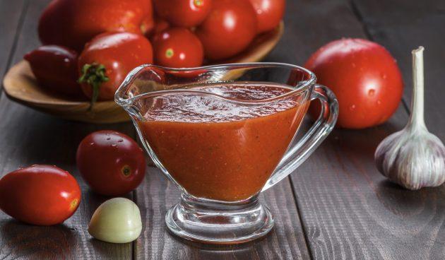 Простой соус для шашлыка из томатной пасты