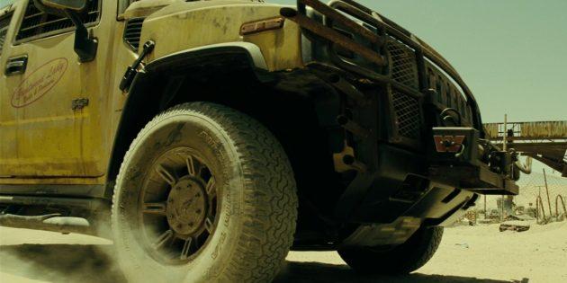 Что в кино показывают неправильно: бензин не портится