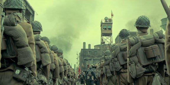 Вышел дублированный трейлер китайской военной драмы «Восемь сотен»