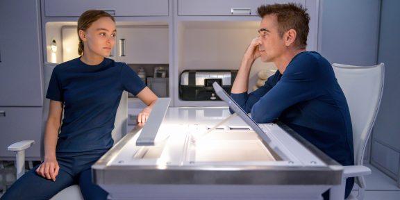Почему из «Поколения Вояджер» с Колином Фарреллом и Лили-Роуз Депп не вышло «Повелителя мух» в космосе