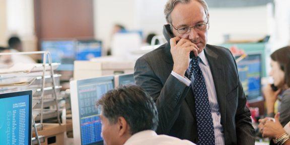 Как работает фондовый рынок и что нужно знать, чтобы стать его участником
