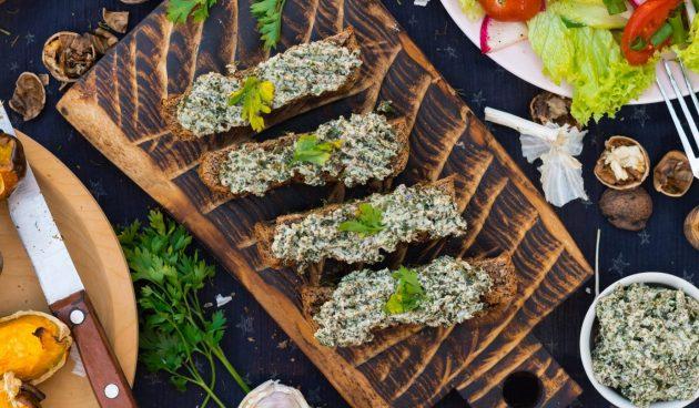 Бутербродная паста из морской капусты
