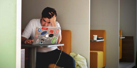 Учёные выяснили, что регулярный стресс на работе приводит к изменению личности