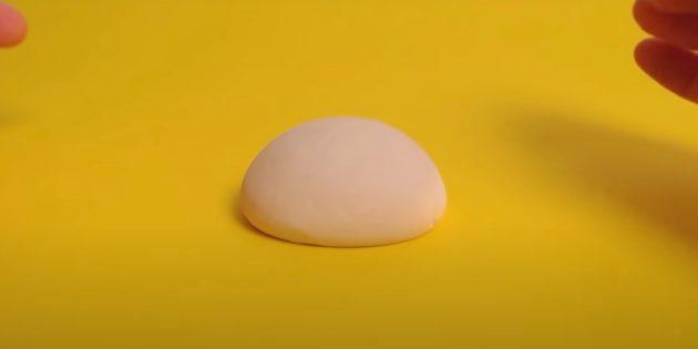Поделка из пластилина «Черепаха»: слепите панцирь