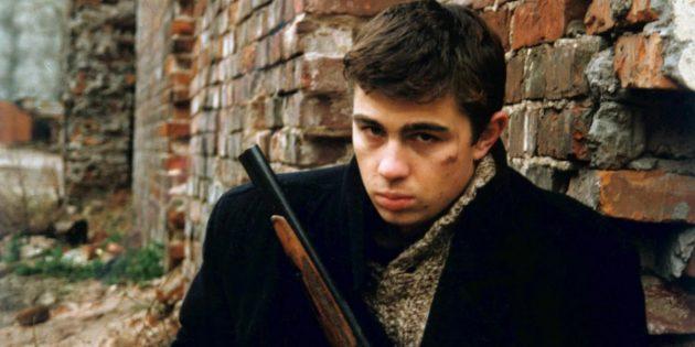 Кадр из фильма про наёмного убийцу «Брат»