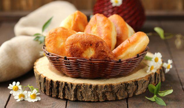 Жареные сладкие пирожки со щавелём
