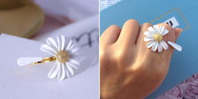 Кольцо с оторванным лепестком